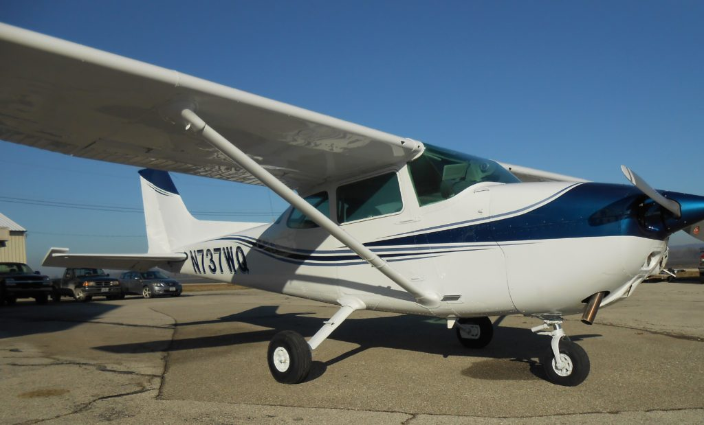 Cessna 172's   St  Charles Flying Service